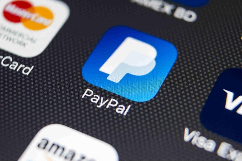 Paypal vs Stripe in WooCommerce: What's the difference